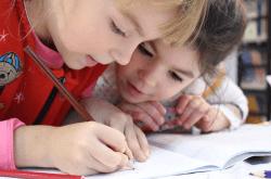 Как да помогнем на детето си да научи лесно английски?